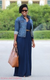 wpid-weekend-wear-outfit-curvy-style-blogger-what-to-wear-on-the-weekend-weekend-wear-outfit-pleated-maxi-dress-oldnavy-denim-jacket-curves-and-confidence-438x700.jpg